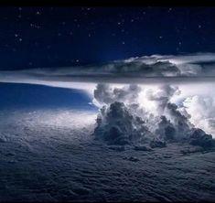 无聊图 - 蛋友贴图专版 National Geographic, Thunderstorm Clouds, Thunderstorms, Tornadoes, Quito, Canon Photography, Nature Photography, Aerial Photography, Photography Photos