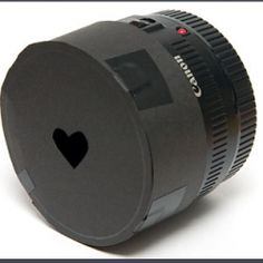 Sprinkle pictures with love using this heart-shaped bokeh! An amazing DIY!