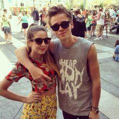 joe sugg and girlfriend | Zoe and joe sugg at playlist live 2014 ♥