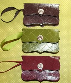 Faux Alligator Gift purses from card stock - I made a different wallet before, but I love this one with the Top Note Die.