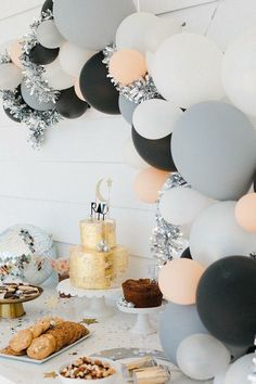 Peach silver black and matte grey balloon arch Grad Parties, Holiday Parties, Birthday Parties, Classy Birthday Party, 18th Birthday Party Ideas For Girls, Birthday Celebration, 21st Party, 13th Birthday Party Ideas For Teens, Creative Birthday Ideas