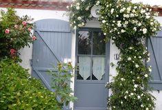 les 23 meilleures images du tableau peinture pour volets sur pinterest cute house exterior. Black Bedroom Furniture Sets. Home Design Ideas
