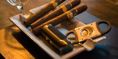 Cigar Smoking for Beginners- The Ultimate Guide & Best Cigars for Beginners