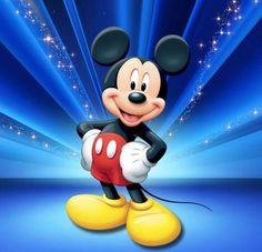 """Calendário Quiz: Hoje (10/01) é o dia da criação do Mickey Mouse. """"Em 10 de janeiro de 1932, era registrado e publicado oficialmente o desenho do rato mais famoso do mundo, nos quadrinhos. Mickey Mouse surgiu após uma idéia de Walt Disney, seu criador, ser roubada pela Universal. Ele criou o camundongo, que foi mudando e chegou a ter 100 formas diferentes de desenho.""""✨ (Fonte: http://noticias.terra.com.br/interna/0,,OI113177-EI1411,00-Fatos+historicos+do+dia+de+janeiro.html)"""