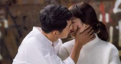 Descendants of the Sun Star Song Joong-Ki Ready to Marry? Song Hye Kyo Inspires Him - http://www.australianetworknews.com/descendants-sun-star-song-joong-ki-ready-marry-song-hye-kyo-inspires/