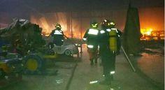 Bina's Buzz: Incendio en Centro Comercial Las Cascadas En El Sa...