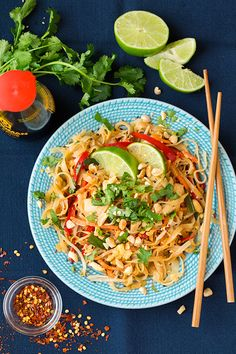 Chicken Pad Thai - Cooking Classy So stinking good! Thai Cooking, Cooking Recipes, Healthy Cooking, Cooking Kale, Cooking Pasta, Cooking Fish, Cooking Steak, Microwave Recipes, Cooking Salmon
