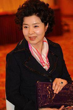 Yoon Mi-Ra Hangul: 윤미라 Birthdate: December 18, 1951