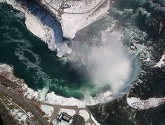Niagara Falls by noisemaker, via Flickr