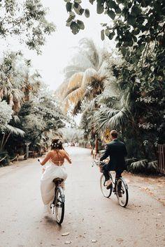Tulum Beach Boho Wedding of our Dreams - Perfekte Hochzeit Wedding Fotos, Wedding Tips, Boho Wedding, Wedding Venues, Dream Wedding, Wedding Day, Wedding Planning, Wedding Bride, Bride Groom
