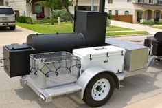 Awesome trailer rig from Big Hat BBQ! Build A Smoker, Diy Smoker, Bbq Pit Smoker, Barbecue Pit, Bbq Grill, Homemade Smoker, Custom Bbq Smokers, Custom Bbq Pits, Bar B Que Grills
