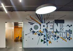 Bureau, salle de réunion, hall d'accueil, entreprise, cabinet médical, cabinet d'avocat... l'Agence Vice Versa optimise vos intérieurs