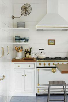 15 Ways with Shiplap: Charleston Historic Shiplap Kitchen