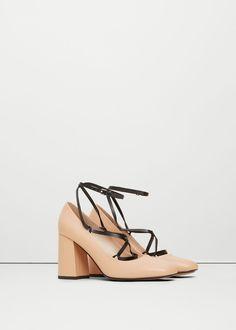 Sapato pele tiras | MANGO