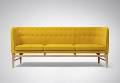 &Tradition Sofa by Arne Jacobsen. Inspired by international modernism, the Mayor sofa design was commissioned for the Søllerød City Hall, built from as part of main architect Arne Jacobsen's was responsible for the tow Sofa Furniture, Modern Furniture, Furniture Design, Traditional Furniture, Modern Sofa, Sofa Design, Interior Design, Arne Jacobsen, Yellow Sofa