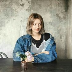 What attracts you the most in the person? Cute Girls, Cool Girl, Angelina Danilova, Korean Short Hair, Chica Cool, Fashion Background, Girl Short Hair, Ulzzang Girl, Girl Pictures