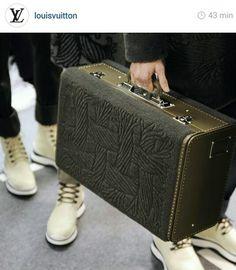 1c300fc005 Louis vuitton men style handbag Louis Vuitton Luggage