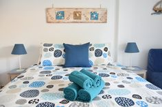 Ocean room with private bathroom with shower, tea and coffee facilities Portugal Holidays, Ocean Room, Algarve, B & B, Bed And Breakfast, Simple Designs, Surfing, Relax, Shower
