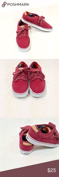 Men's' Red Vans Shoes Men's red canvas shoes from Vans! Some normal wear as shown, but still lots of life left in them! Men's size 9. Vans Shoes Sneakers