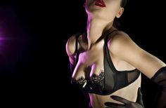 la agenda de una prostituta de lujo Glamour, Bra, Fashion, Civil Disobedience, Serving Cart, Day Planners, Princess, Moda, Fashion Styles