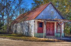 Photo - An old empty store in rural South Georgia, between Reidsville and Uvalda Ga.