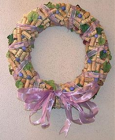 Wine Cork Wreath, just one of the many wreath crafts you can find on… Wine Cork Wreath, Wine Cork Art, Wine Craft, Wine Cork Crafts, Wreath Crafts, Diy Crafts, Paper Wreaths, Beer Decorations, Wine Bottle Corks