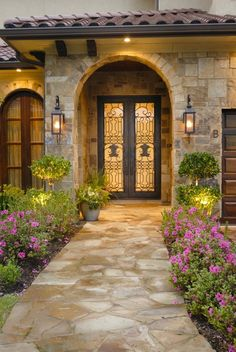 home fachadas East Broad Oaks – Iraj Taghi Custom Homes - Modern Spanish Style Homes, Spanish House, Tuscan Style Homes, Mediterranean Home Decor, Mediterranean Architecture, Tuscan House, Dream Home Design, House Entrance, Front Yard Landscaping