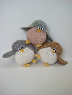 Juggle Birdies by fluff and fuzz, designs by Amanda Berry, via Flickr
