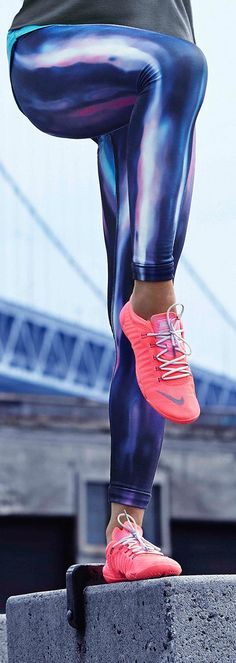 A new pair of reasons to hit the gym. Get the lightweight support you need for all your high intensity training. The Nike Pro Hyperwarm Engineered Print Tights and Free 1.0 Cross Bionic training shoes.