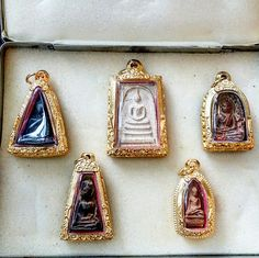 Thai Art, Buddhism, Traveling By Yourself, Wicked, Religion, Entertainment, Drop Earrings, Lifestyle, Pictures