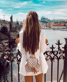 Rome Photography, Teen Girl Fashion, New Years Eve Outfits, Europe Fashion, Fashion Outfits, Fashion Tips, Latest Fashion, Fashion Ideas, Holiday Outfits