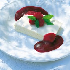 This is one of those oh-so-simple-but-oh-so-good desserts that offers precisely the right background to vivid, rich fruit like blackcurrants.