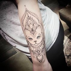 But with a Moxee and Luna Forearm Tattoos, Body Art Tattoos, New Tattoos, Sleeve Tattoos, Cool Tattoos, Cat And Dog Tattoo, Kitten Tattoo, Calf Tattoo Girls, Tattoo Chat