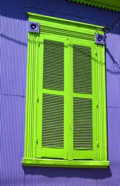 Haha, I kinda like it Architecture Art Design, Architecture Details, Shed Colours, House Colors, Old Windows, Windows And Doors, Ovet, Laughter Yoga, Colour Story