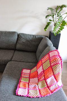 Neulottu vauvan peitto / knitted baby blanket http://remuttajanneuleet.blogspot.fi/