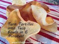 Taco bowls from tortillas on an upside down cupcake pan! Taco Shell Bowls, Taco Bowls, Tortilla Bowls, Tortilla Shells, Lunch Recipes, Dessert Recipes, Healthy Recipes, Meal Ideas, Food Ideas