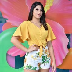 La imagen puede contener: 1 persona, texto Girly Outfits, Casual Summer Outfits, Spring Outfits, Casual Dresses, Cool Outfits, Fashion Dresses, Plus Fashion, Blouse Patterns, Blouse Designs