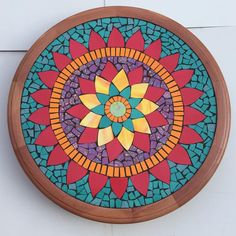 Tornamesa hecha a pedido 🌼 Preguntas por interno o al watsapp +56 9 84023822 #mosaic #mosaico #tornamesa #mandala #pedidos