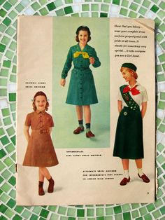 I was a Brownie and a Girl Scout two pics).oh those memories Girl Scout Cookie Sales, Girl Scout Cookies, Girl Scout Uniform, Childhood Memories 90s, Scouts Of America, Eagle Scout, Girl Guides, Senior Girls, Vintage Girls