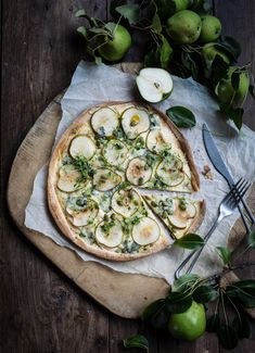 Gorgonzola Pizza, Vegetable Pizza, Food And Drink, Vegetables, Cooking, Recipes, Kitchen, Recipies, Vegetable Recipes