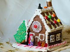 Hexen-Haus aus Schokoladentafeln zu Weihnachten selbst machen, Schritt für Schritt-Anleitung mit vielen Bildern und Tipps