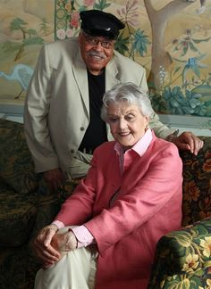 James Earl Jones and Angela Lansbury in Driving Miss Daisy. Driving Miss Daisy, Earl Jones, Angela Lansbury, Actor James, Poses For Photos, Animal Quotes, New Movies, Old Hollywood, Comedians