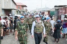 OpinionPublicaSantafesina(ops): rossi en haiti,el chaleco antibala es por el lole?...
