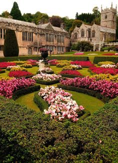 comtesse-du-chocolat: The Garden At Lanhydrock House, Cornwall, England (via Beautiful Castles, Beautiful Gardens, Beautiful Places, English Manor, English Countryside, Places Around The World, Around The Worlds, English Castles, Le Palais