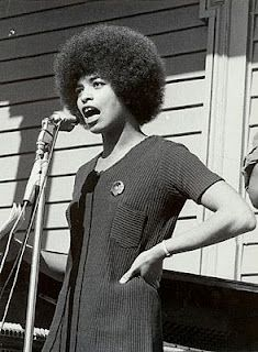 I have chosen Angela Davis because she taught me about feminism and standing up for what you believe in, even if it is scary! Angela Davis at Oakland Rally for Huey Newton, (Stephen Shames/The National Portrait Gallery) Angela Davis, Nina Simone, Women In History, Black History, Feminist Halloween Costumes, Black Panther Party, Lauren Hutton, Power To The People, Monochrom