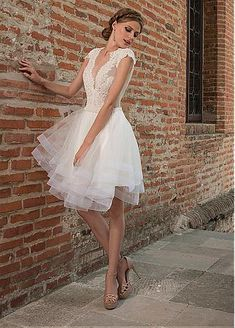 Alluring Tulle V-neck Neckline Knee-length See-through A-line Wedding Dresses With Lace Appliques USD  $129.99
