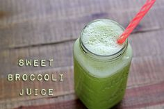 Broccoli Juice 2 – 3 broccoli stalks handful fresh mint 1-inch piece ginger 1 – 2 apples