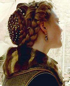 Lucrezia's closet - Lucrezia Borgia Photo (32172768) - Fanpop fanclubs