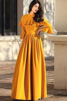 Chic Outfits for women Muslim Fashion, Hijab Fashion, Fashion Dresses, 90s Fashion, Fashion News, Boho Fashion, Winter Fashion, Long Gown Dress, The Dress
