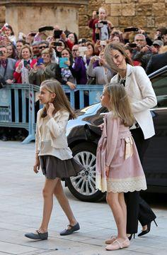 La princesa Leonor y la infanta Sofía, protagonistas de la misa de Pascua - Foto 4